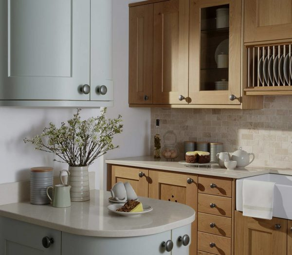 Erin Oak Shaker Style kitchen